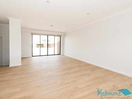2/336 George Street, Doncaster 3108, VIC Townhouse Photo