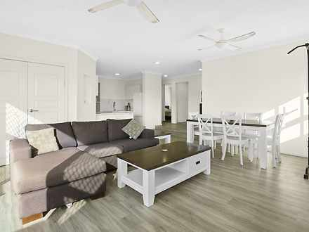 4/1 Angie Court, Mermaid Waters 4218, QLD Apartment Photo