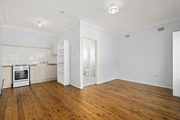 6/153 Mount Keira Road, Mount Keira 2500, NSW Studio Photo