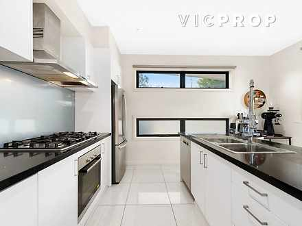 1/69 Tram Road, Doncaster 3108, VIC Townhouse Photo