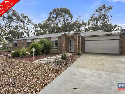 9A Tchumlock Court, Ascot 3551, VIC House Photo