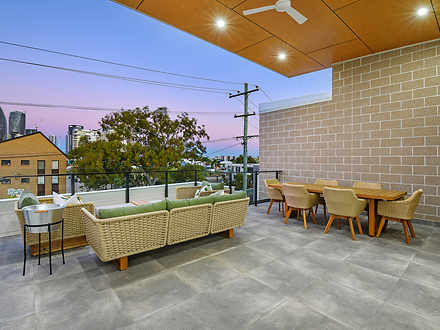 2/21A Sunshine Boulevard, Broadbeach Waters 4218, QLD Villa Photo