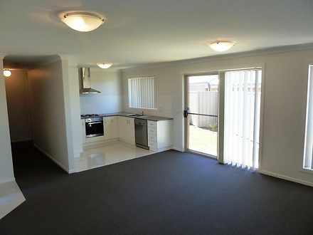 4/10 Mirrul Street, Glenfield Park 2650, NSW House Photo