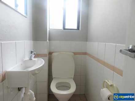 9839ad39a32cf5b0aa909548 1619482883 9 toilet 1619483830 thumbnail
