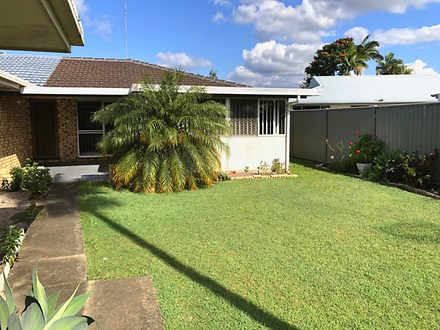 2/10 Logan Avenue, Miami 4220, QLD Duplex_semi Photo