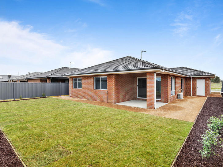 10 Galway Drive, Alfredton 3350, VIC House Photo
