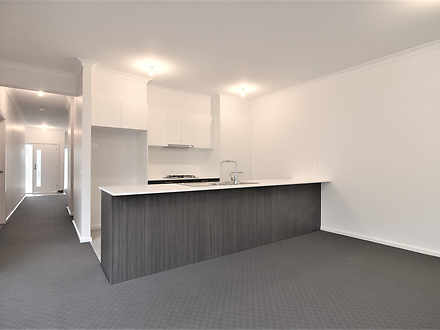 23 Queen Circuit, Sunshine 3020, VIC Apartment Photo