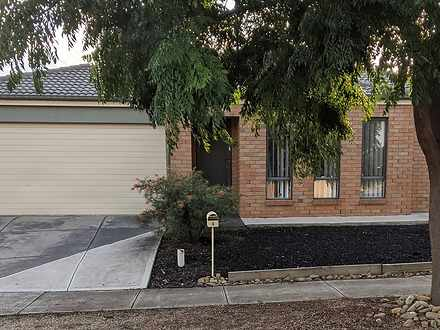 4 Stacey Court, Melton West 3337, VIC House Photo