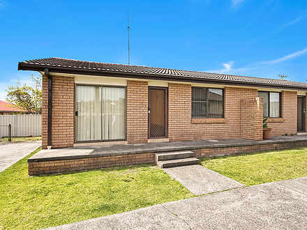2/1 Gipps Crescent, Barrack Heights 2528, NSW Villa Photo