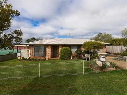4 Swartz Street, Kearneys Spring 4350, QLD House Photo