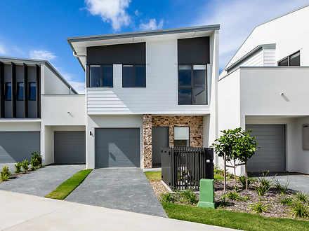 33 Lyra Avenue, Hope Island 4212, QLD Townhouse Photo