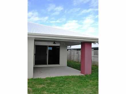 107 Whitehaven Drive, Blacks Beach 4740, QLD House Photo