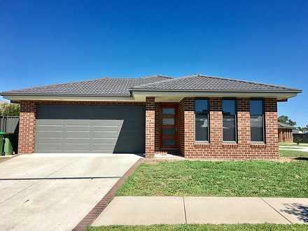 1/232 Rivergum Drive, East Albury 2640, NSW Townhouse Photo