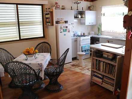 Ebf662f17ba353308ac94cda 13304 kitchen 1620105207 thumbnail