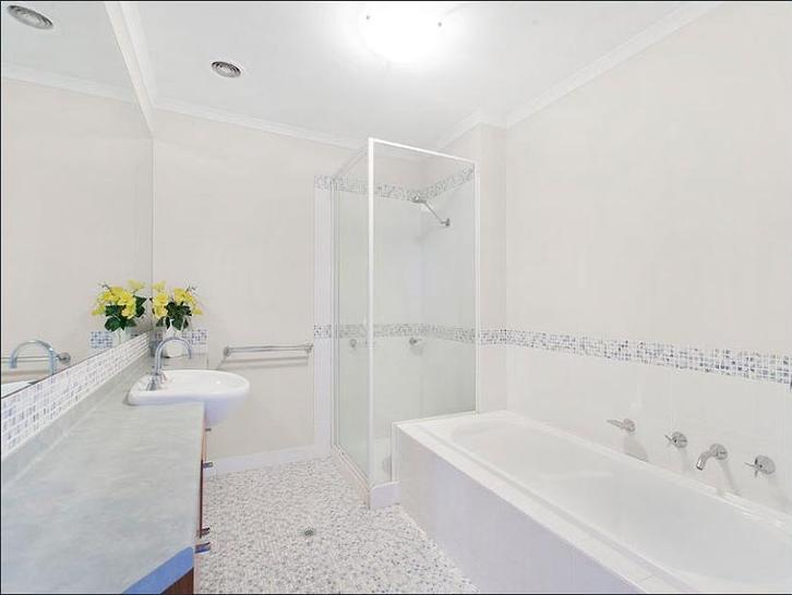 4005/2 Sovereign Point Court, Doncaster 3108, VIC Apartment Photo