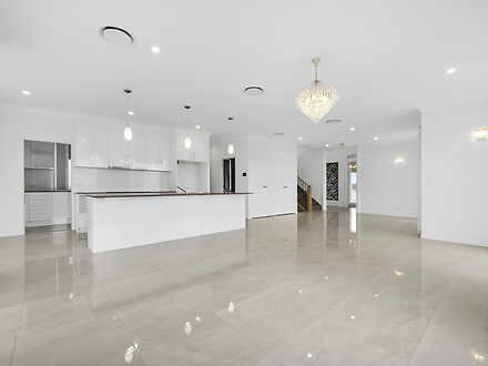 18 Birkenhead Place, Carindale 4152, QLD House Photo