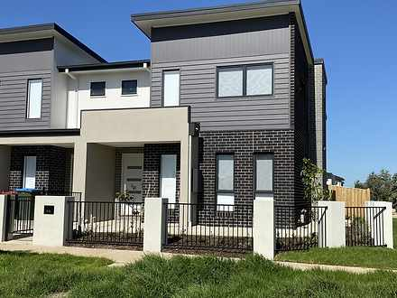 24 Fragrance Terrace, Manor Lakes 3024, VIC Townhouse Photo