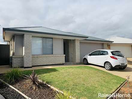 24 Pedlar Close, Blakeview 5114, SA House Photo