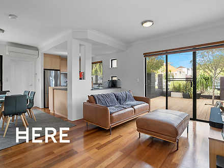 1/92 Bourke Street, Leederville 6007, WA Townhouse Photo