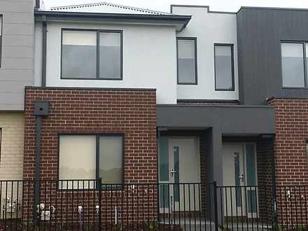 15 Clendon Way, Craigieburn 3064, VIC Townhouse Photo