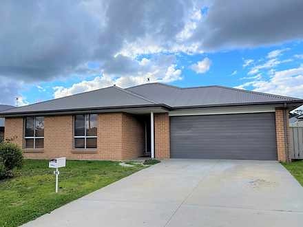 24 Molloy Drive, Orange 2800, NSW House Photo