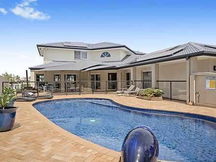17 Bernardino Court, Mermaid Waters 4218, QLD House Photo
