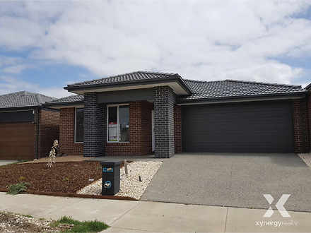 104 Sunnybank Drive, Point Cook 3030, VIC House Photo