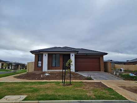 130 Farm Road, Werribee 3030, VIC House Photo
