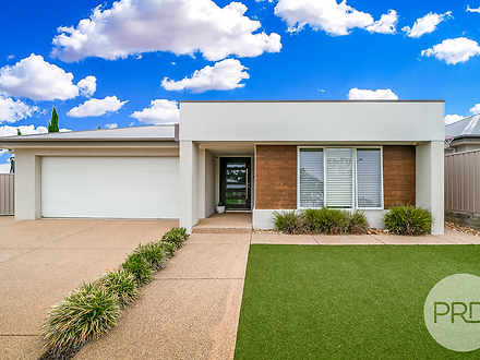 25 Barton Avenue, Lloyd 2650, NSW House Photo