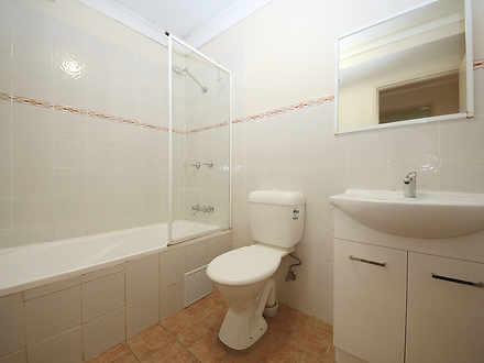 3d349bc5e94cf8612cf4cf64 04 main bathroom 8553 5f9a776a2368a 1620876434 thumbnail