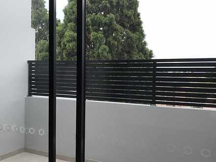 Balcony 1620877152 thumbnail