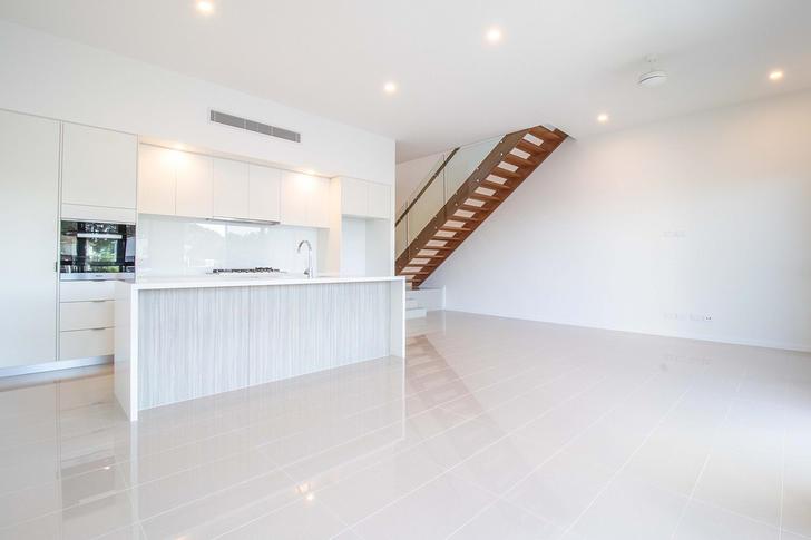 8 Bluewater Court, Hope Island 4212, QLD Villa Photo