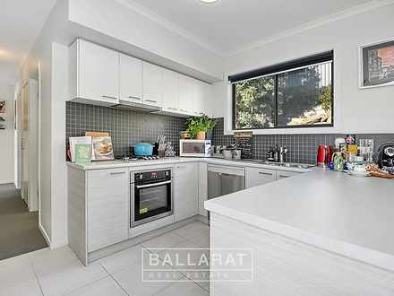 9 Rosie Place, Ballarat East 3350, VIC Townhouse Photo