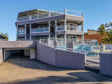 2/438 Esplanade, Torquay 4655, QLD Unit Photo