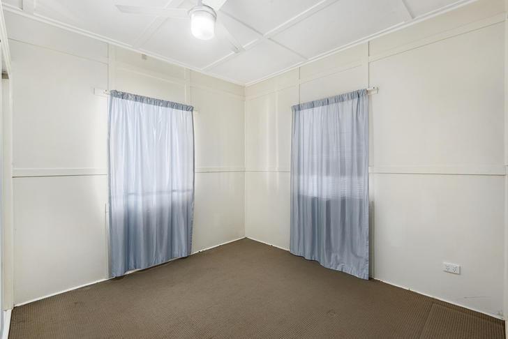 26 Rob Street, Newtown 4350, QLD House Photo