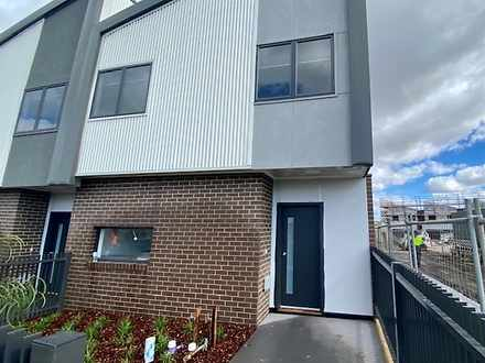 1033 Edgars Road, Wollert 3750, VIC Townhouse Photo