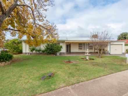 24 Whimpress Avenue, Findon 5023, SA House Photo