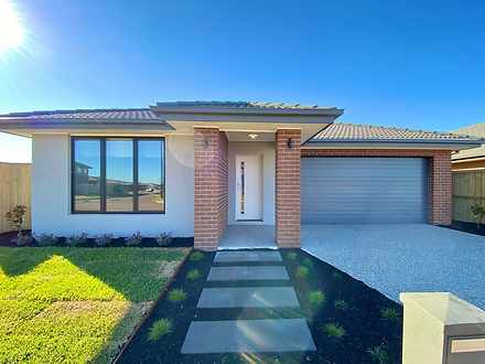 25 Roaming Drive, Fraser Rise 3336, VIC House Photo