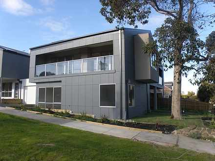 792A Station Street, Box Hill North 3129, VIC Townhouse Photo