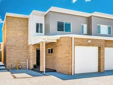 33 Rosemont Circuit, Flinders 2529, NSW Townhouse Photo