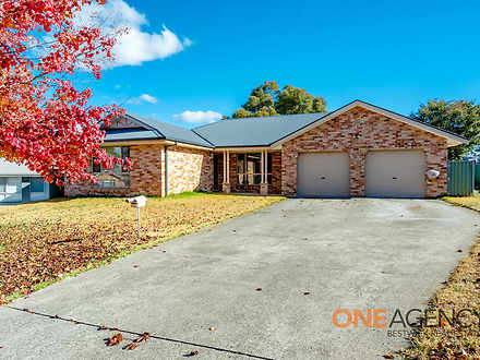 12 Spofforth Place, Kelso 2795, NSW House Photo