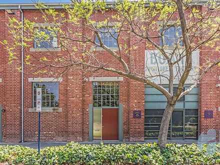 8 Saunders Street, East Perth 6004, WA House Photo