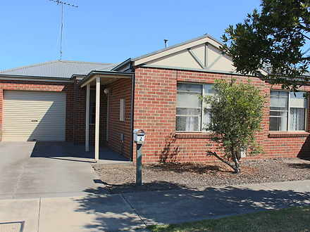 2 Francis Avenue, Newcomb 3219, VIC Townhouse Photo