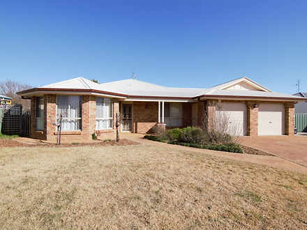 21 Roxburgh Drive, Kelso 2795, NSW House Photo