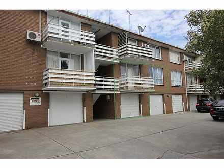 2/34 Hyde Street, Seddon 3011, VIC Flat Photo