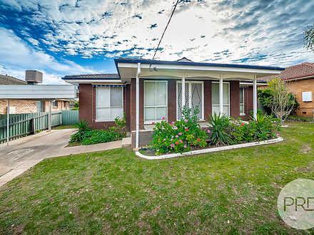 11 Leavenworth Drive, Mount Austin 2650, NSW House Photo