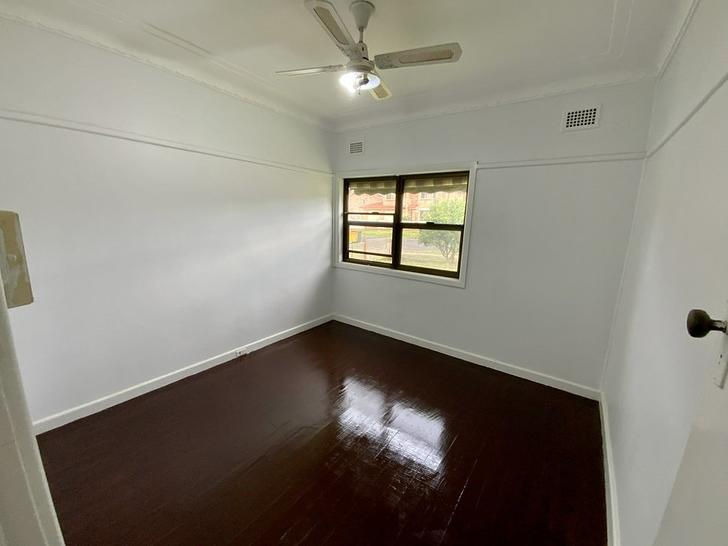 14 Saywell Road, Macquarie Fields 2564, NSW House Photo