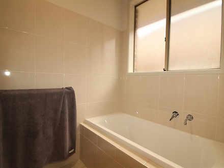 Ef9f8c49c654e326b4019c6c 08 main bathroom 714e 03f5 5dd4 60db 8dd2 ca8a a6be edd1 20210604032304 1622785149 thumbnail