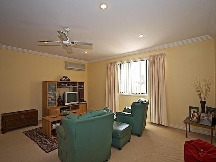 102 Crestwood Drive, Molendinar 4214, QLD House Photo