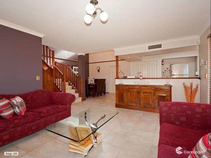 15 Rosslare Promenade, Mindarie 6030, WA House Photo